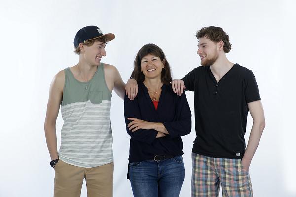 Claudia met zonen